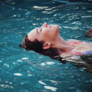 Conectar con tu cuerpo con tus emociones y con tu respiración para vivir en calma